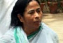 Kolkata my home, not Delhi: Mamata