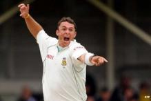 Surrey suspend South African Nel