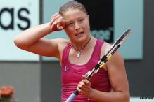 Safina loses in 1st round at French Open