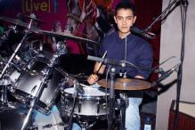 Aamir plays drums at 'Peepli Live' music launch