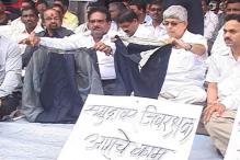 Mumbai firemen protest against shabby treatment