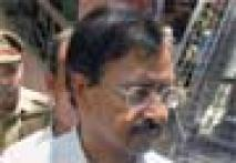 Satyam founder Raju seeks bail, cites ill health