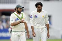 1st Test: Pakistan off to poor start