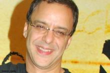 Vidhu Vinod ropes in Barrie Osborne for 'Broken Horses'