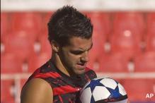 Sevilla open La Liga beating Levante 4-1