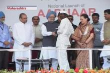 PM, Sonia launch Unique Identity Number project