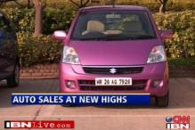 Auto sales at a new high ahead of festive season