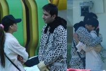 Vikram Phadnis designing Sara, Ali's outfits