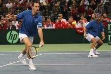France leads Serbia 2-1 in Davis Cup final
