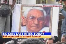 Thousands pay homage to Karunakaran