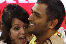 Dhoni enjoys CL football final after IPL win