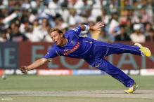 Warne fined $50,000 for spat with Dixit