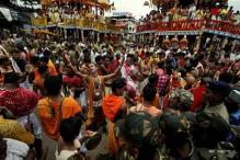 Priests perform 'Pahandi' rituals in Puri