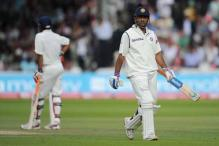 Experts back Dhoni to rediscover form