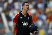 Pietersen reprimanded for showing dissent