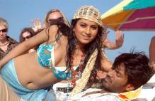 Thulluvadho to Mayakkam: Dhanush's hottest heroines