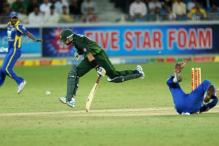 3rd ODI: Pak hold nerve to beat SL by 21 runs
