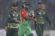 Cricket-Bangladesh to probe stoning incident