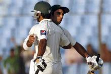1st Test: Ban shot down for 135, Pak 132/0