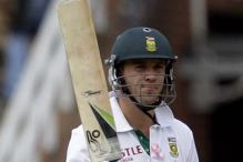 Unpaid SL players get support from SA