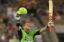 Warner outshines Warne in Big Bash
