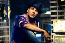 Akshay starts New Year with a shoulder injury