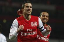 Arsenal beat Aston Villa to advance in FA Cup