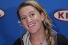 Azarenka unperturbed by Sharapova challenge