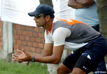 Indian batsmen need to fight back: Dravid