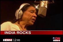 Asha Bhosle's inspirational song on R-Day