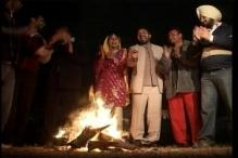 North India celebrates harvest festival Lohri