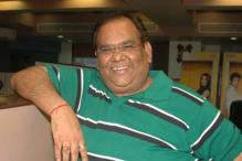 Satish Kaushik as common man in 'Gali Gali..'