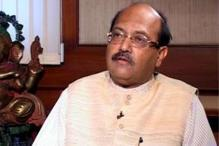 Amar Singh jumps out of chopper, injured