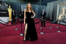 Angelina Jolie's right leg an instant web celeb