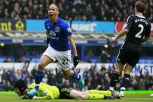 Pressure rises as dismal Chelsea lose at Everton