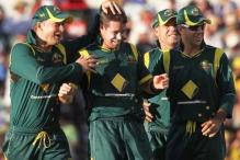 Australia hold on for narrow win over SL