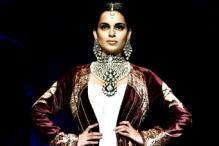 Kangna Ranaut walks the ramp at WIFW grand finale