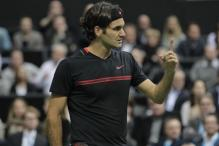 Federer eases into Rotterdam semi-finals