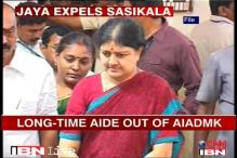 SC declines Sasikala's plea in DA case row