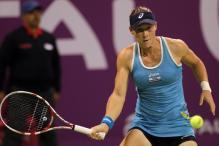 Azarenka, Stosur enter Qatar Open semis