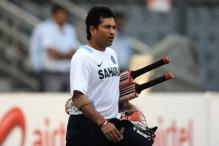 India chase right balance against Aus