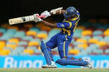 Thirimanne gets a life, Chandimal a boundary