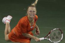 Wozniacki loses in Dubai Open semis