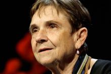 Pioneering feminist poet Adrienne Rich dead at 82