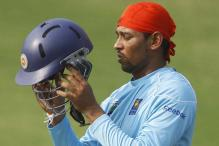 Lankan board denies Dilshan romance claims
