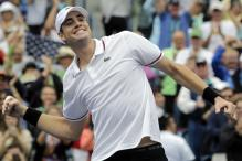Isner stuns Djokovic to make Indian Wells final