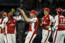 Kings XI ropes in two new players