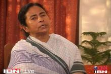 Mamata welcomes Infosys, but denies SEZ status