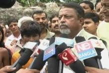 Mukul Roy parries questions on rail fare hike
