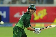 Pakistan axe Malik and Farhat for Asia Cup
